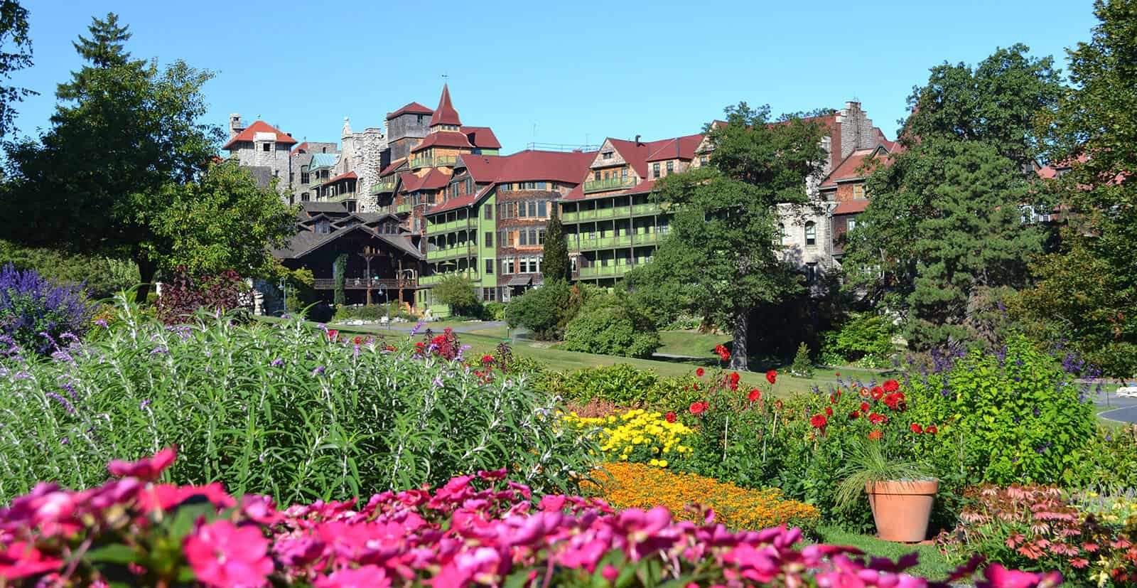 Mohonk garden blooming in Spring