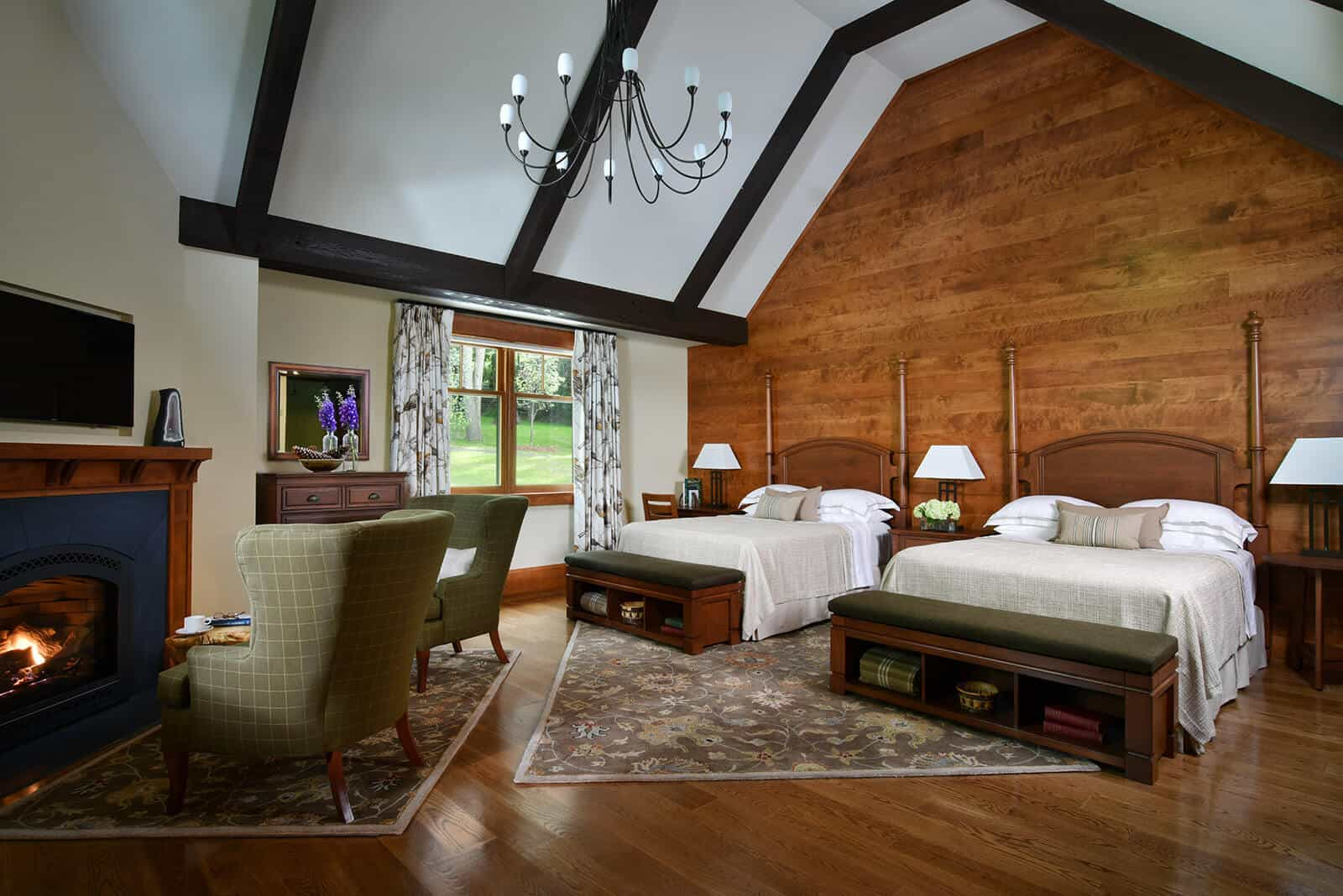 Guest Room | Grove Lodge | Mohonk Mountain House