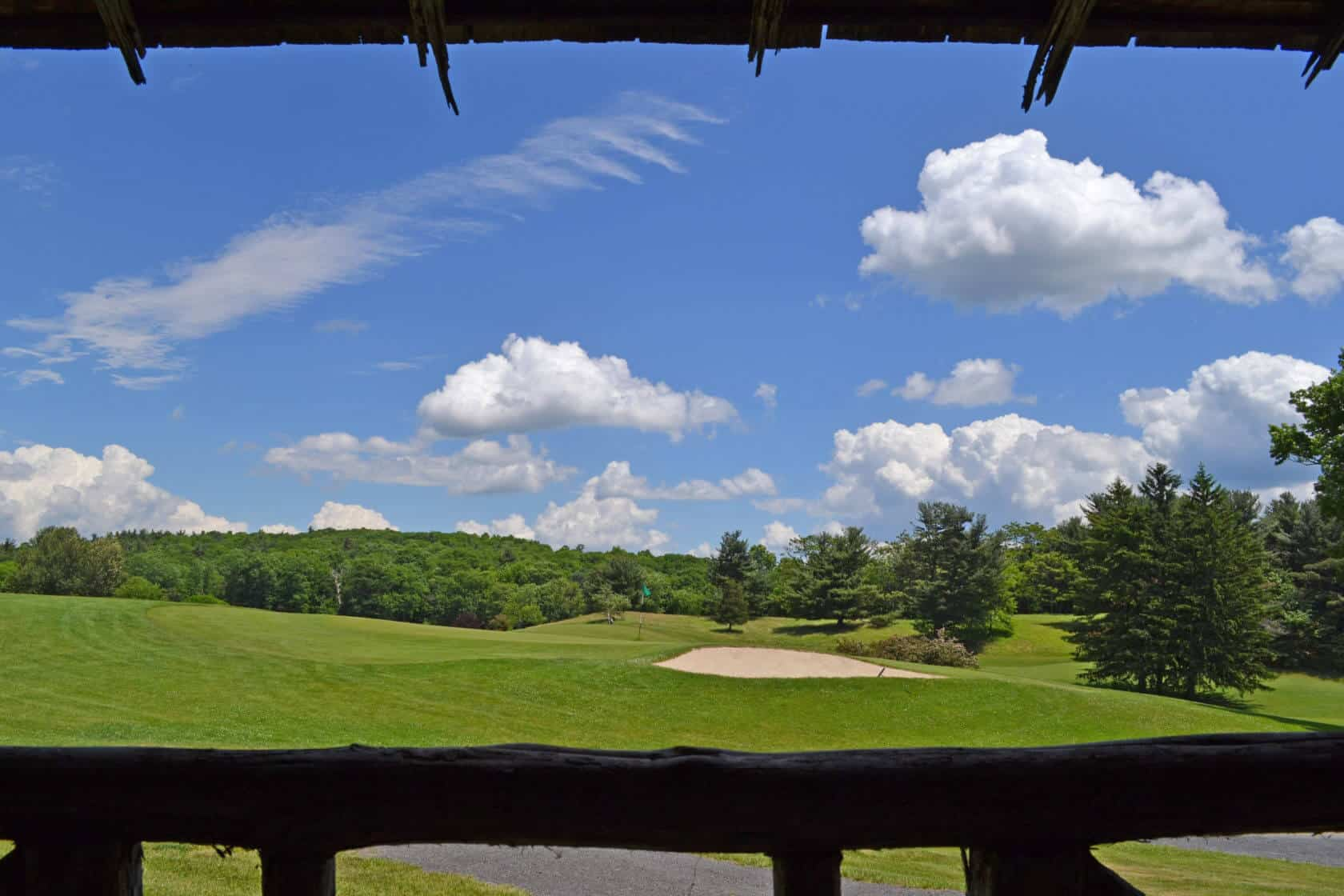 Mountain Cottages - Golf Course Patio View - Mohonk Mountain House