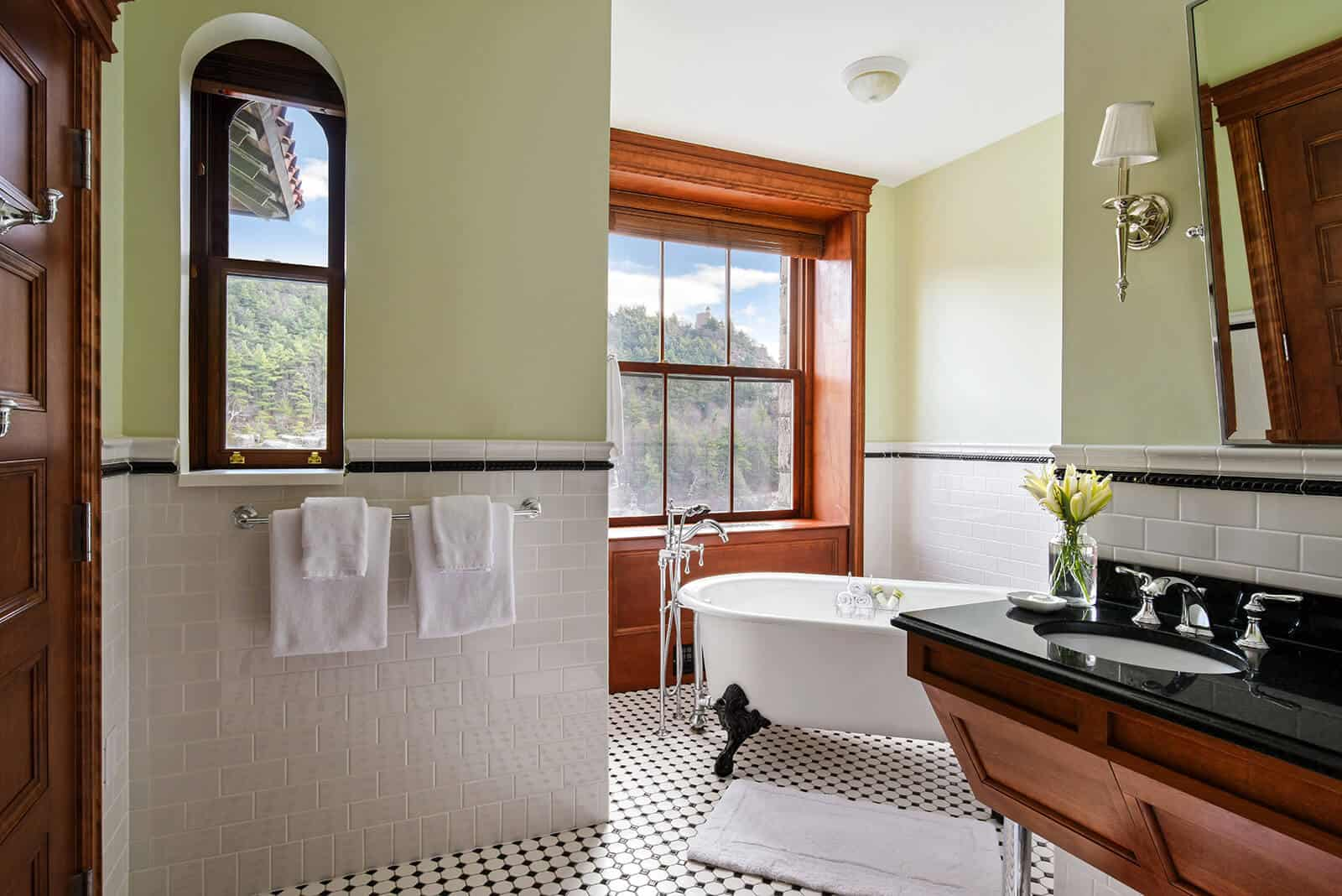 Victorian Lake View Suite Bathroom at Mohonk