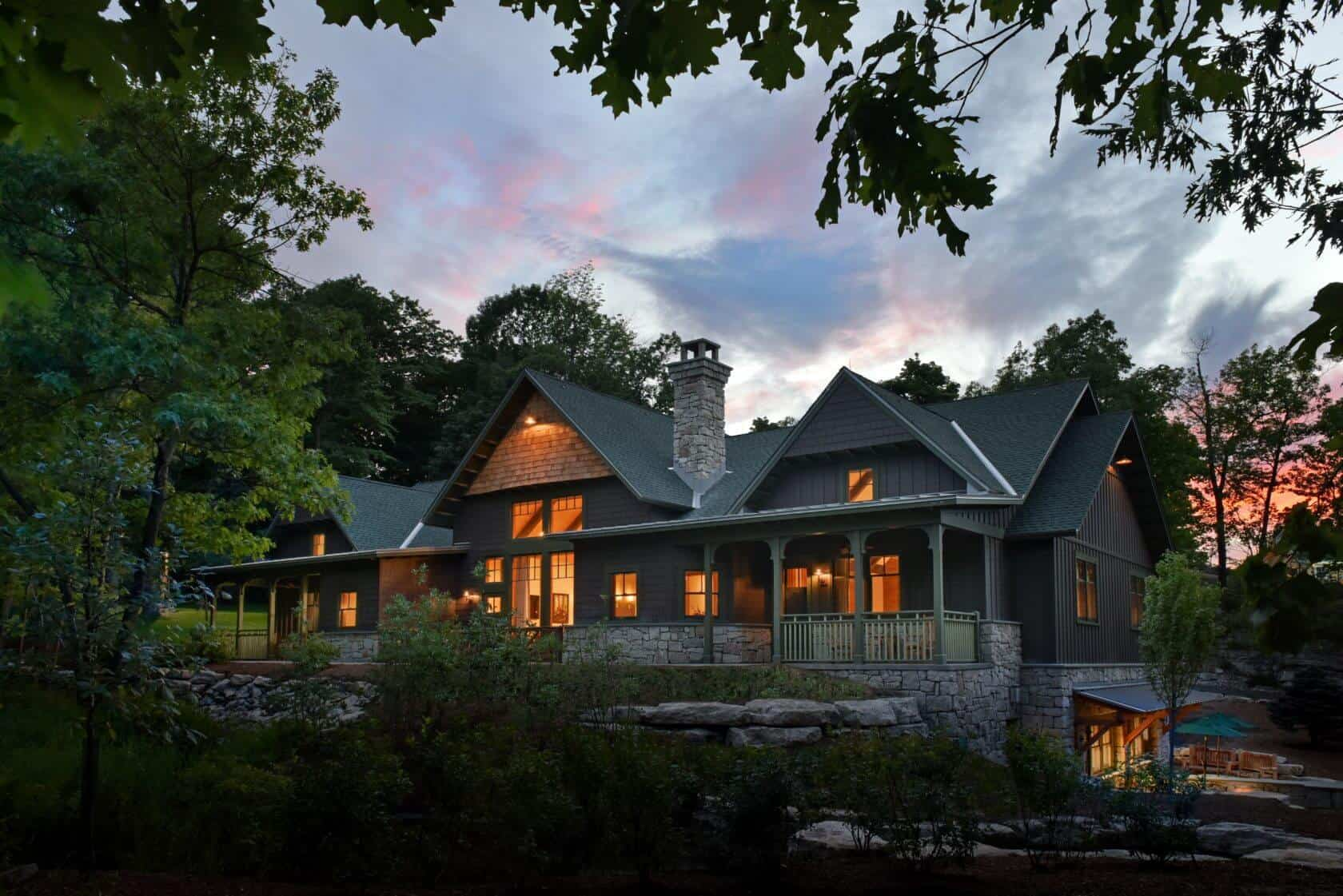 Mohonk Grove Lodge Exterior Evening