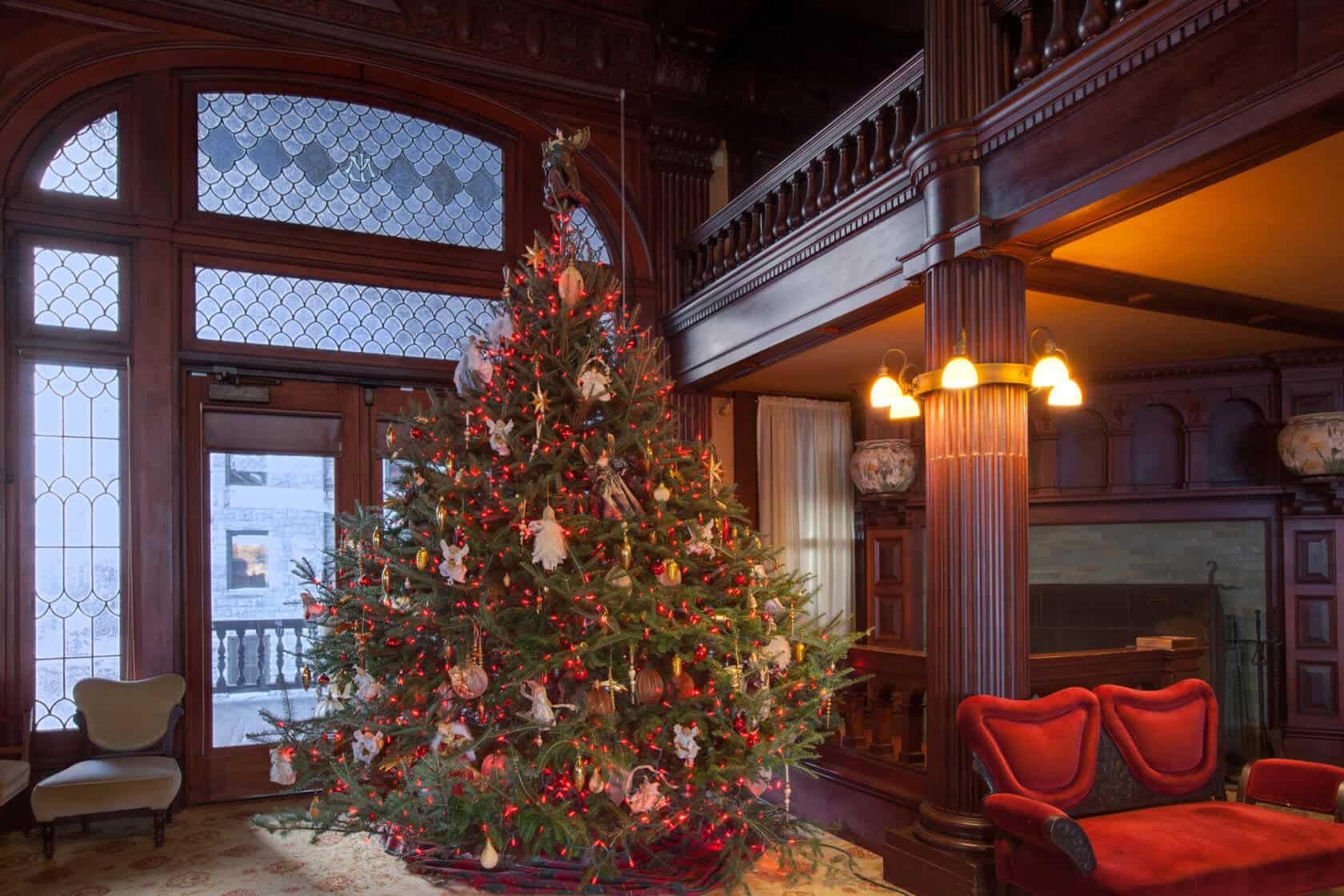 Mohonk Holiday Christmas Tree