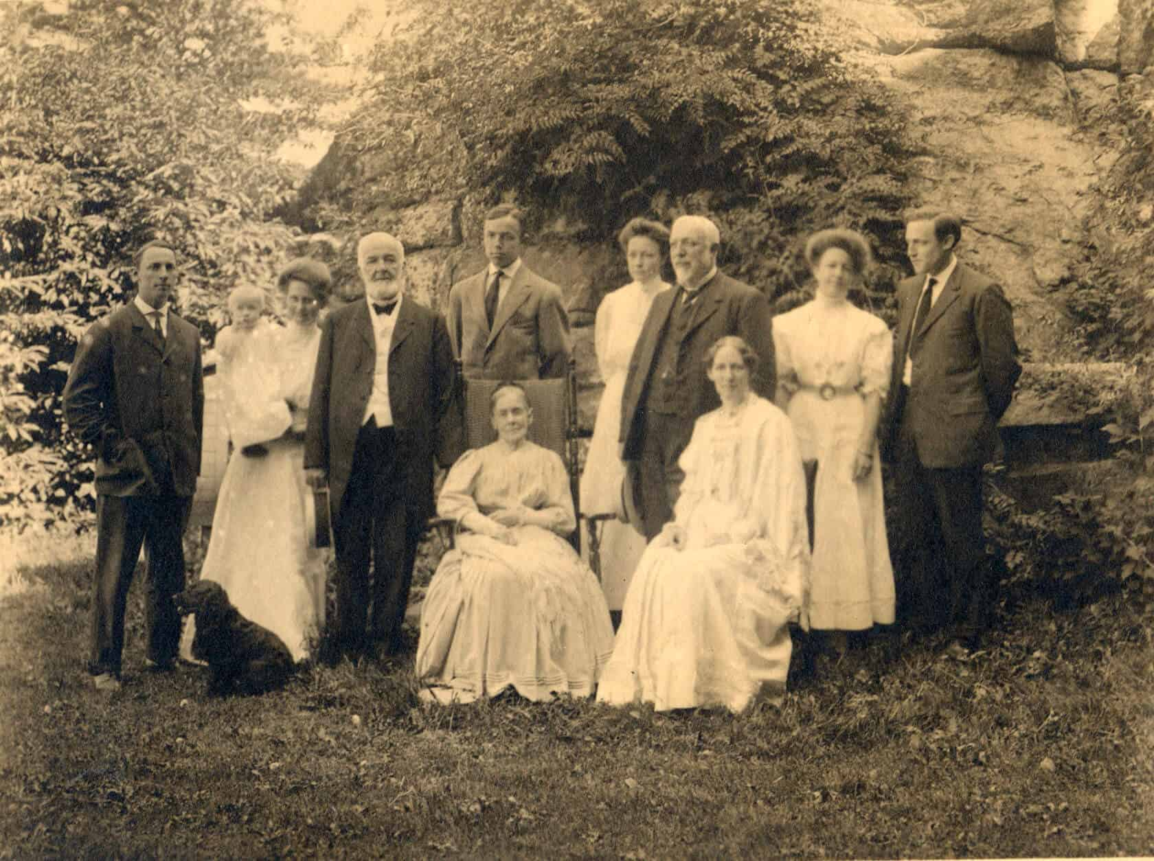 Family group portrait ca. 1907